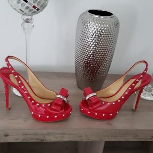 Gianni Bini  Red spike/stud bow heels 9.5/10